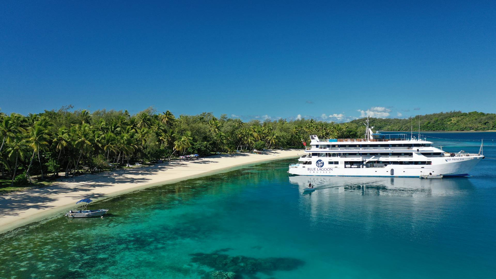 Blue_Lagoon_Cruises_1