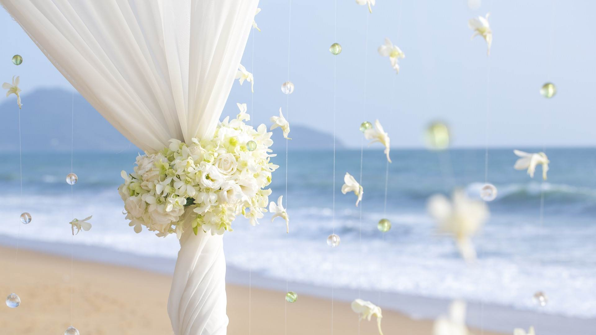 Love-and-Wedding-The-Pearl-Resort_compressed
