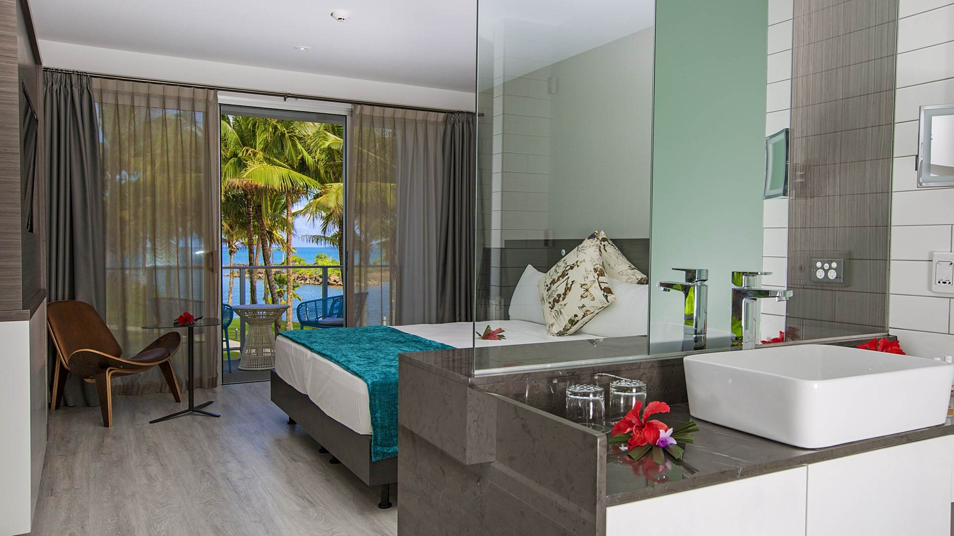 Premium-Ocean-View_The-Pearl-Resort_compressed